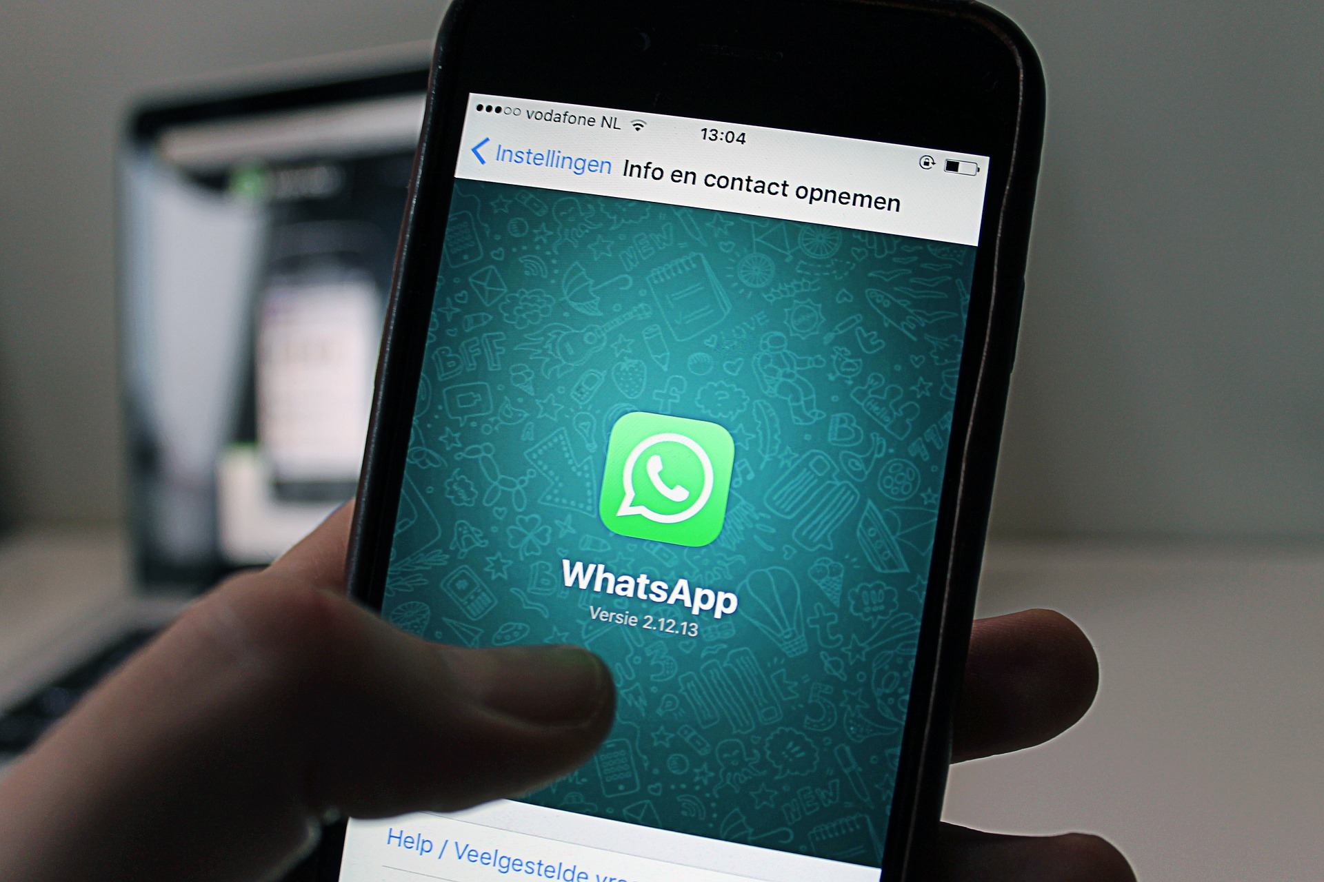 cosas que no debes hacer en WhatsApp